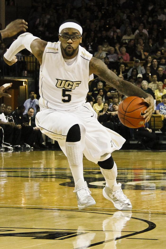 Jordan's 26 Lead No. 18/19 UCF Past Marshall | KnightNews ...