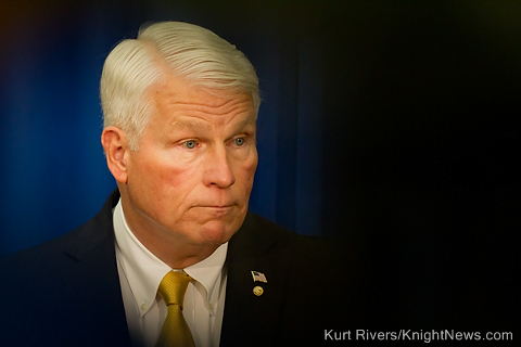 UCF Hikes Tuition After Report Shows Hitt 9th Highest Paid President