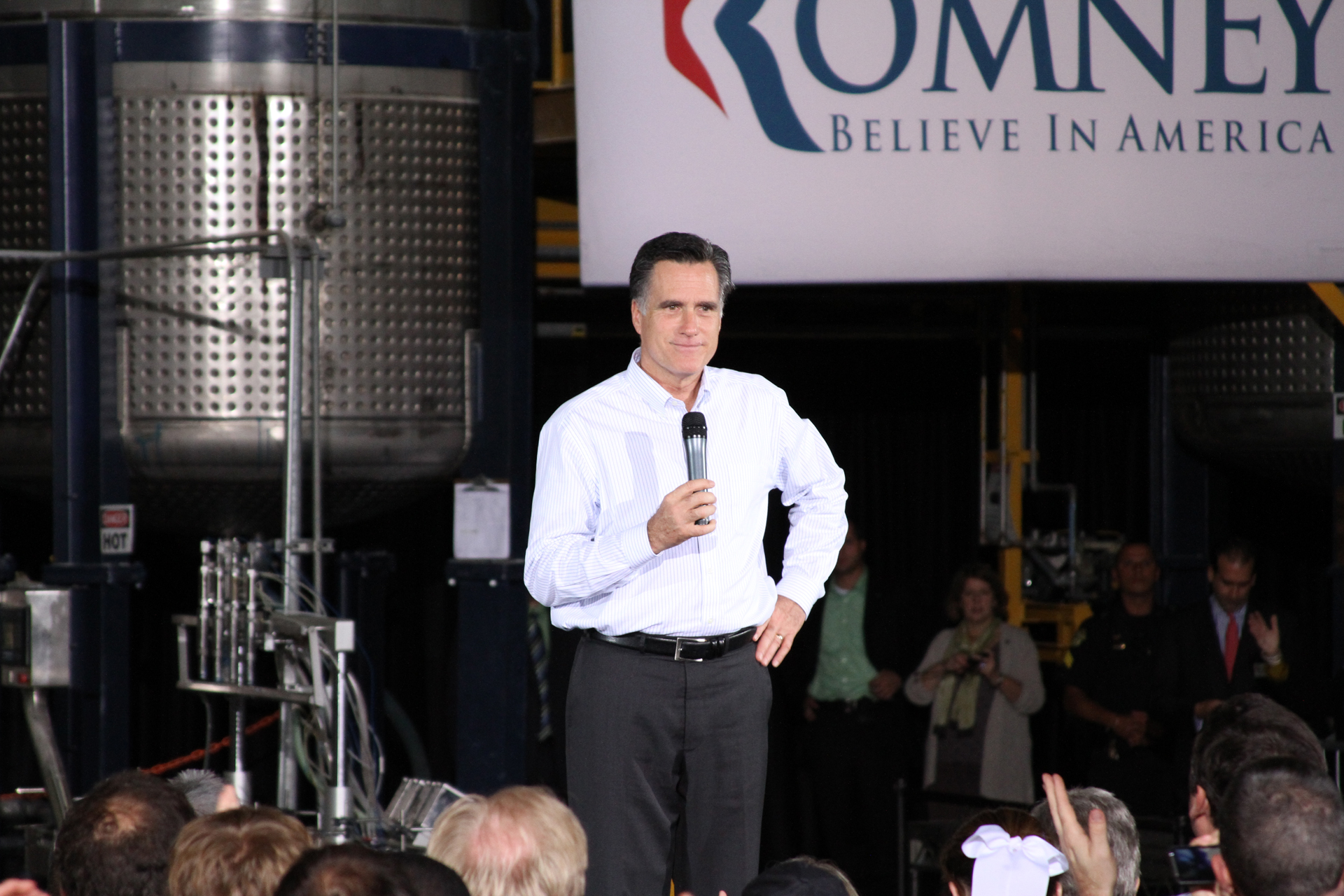 Video: Florida Republican Primary Heats Up; Romney Visits Orlando