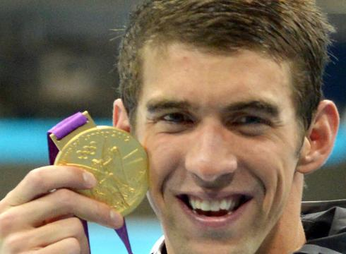 Michael Phelps Earns Gold in the 200IM; Adds to Record 20th Medal