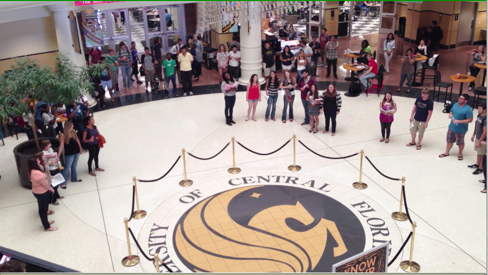 Student Opera Club Surprises with Flash Mob in Union