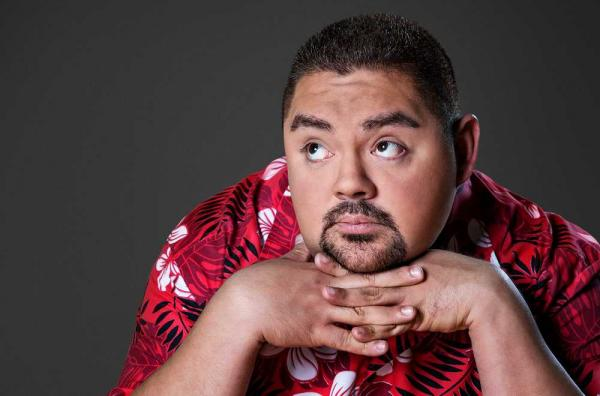 Tips: Gabriel Iglesias, 2017s classic hair style of the confident charming  actor