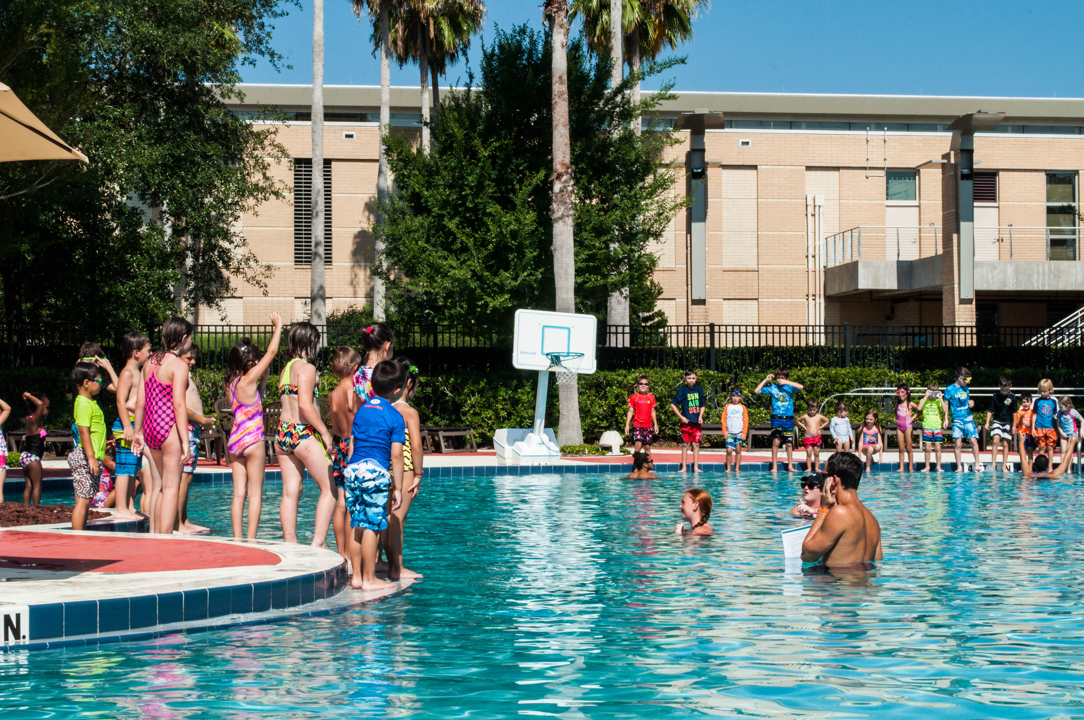 Photos Ucf Rwc Holds World S Largest Swimming Lesson